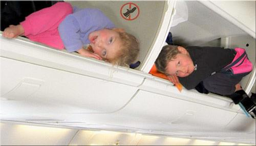 Keeping children occupied during while on the plane during a flight