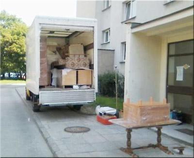 How to move house overseas from UK?