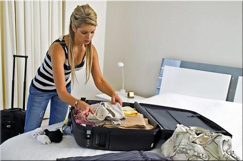 Packing a suitcase for holiday